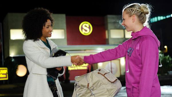 Letizia kommt in Essen an