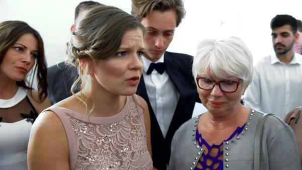 Bräutigam wird verdächtigt seine Verlobte gestalkt zu haben