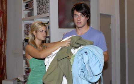 Emily verdrängt Sebastian aus Verenas Wohnung
