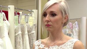 Die Suche nach dem perfekten Kleid gerät außer Kontrolle ...