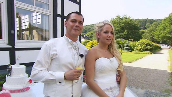 4 Hochzeiten Und Eine Traumreise Juni 2014 Archiv Tvnow