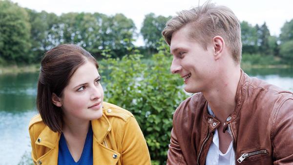 KayC offenbart Tobias, dass sie ihn immer noch liebt