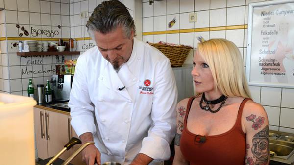 Die Kochprofis in Nicoles Pommesladen