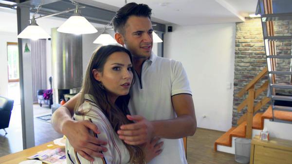 Brautpaar bangt nach mysteriösem Ultraschallbild um Traumhochzeit