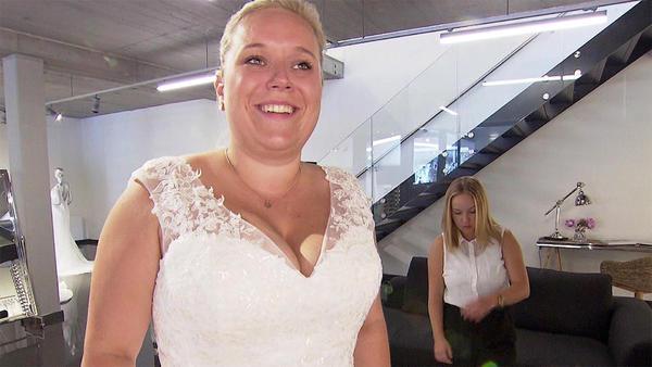 Eine strahlende Braut ... trotz begrenztem Budget