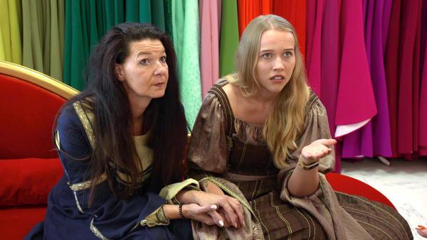 Mittelalter-Doppelhochzeit stellt Hochzeitsprofis vor Herausforderung