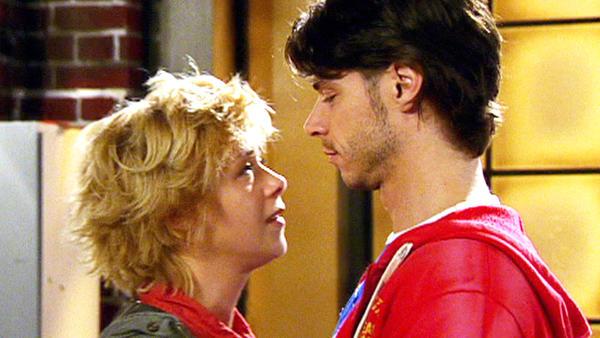 Diana verführt Mike