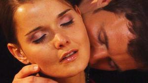 Lässt sich Jenny wirklich von Axel verführen?