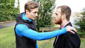 Tobias erpresst Eva
