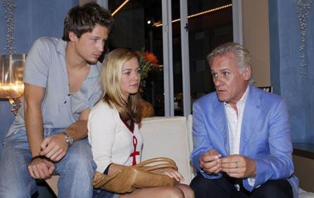 Caroline und Tim in Geldnöten