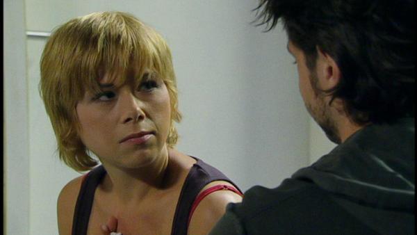 Diana ist erfreut, dass Lars weiter mit ihr trainiert.