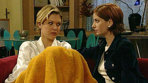 Corinna soll für Rizzi einen Überfall begehen.