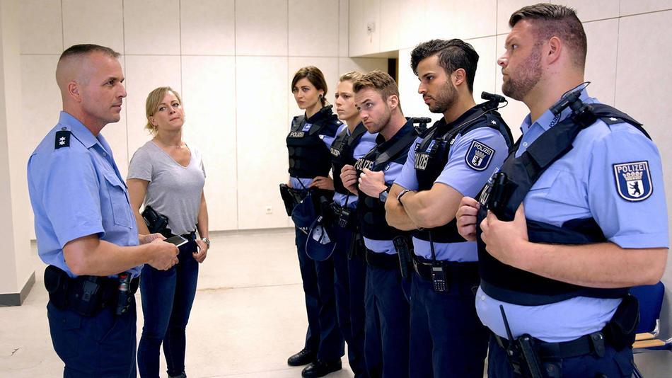Sterne Von Berlin - Die Jungen Polizisten