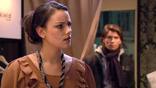 Setzt Jasmin ihre Zukunft für Dominik aufs Spiel?