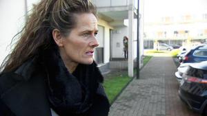 Urlaubsreife Mutter legt Schuldirektor megadreist rein