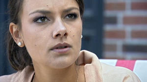 Kommt Jasmin hinter Dominiks Drogengeheimnis?