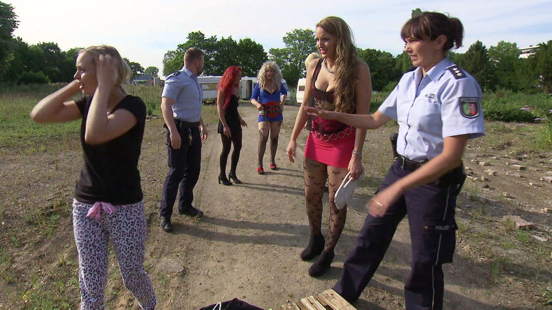 Prostituierte finden verdächtigen Koffer - Verdachtsfälle