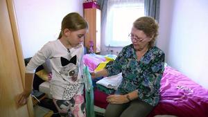 Ein Wiedersehen mit Oma Bettina und Enkelin Yasemina