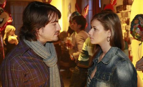 Anna deutet Wolfgangs Verhalten als Misstrauen