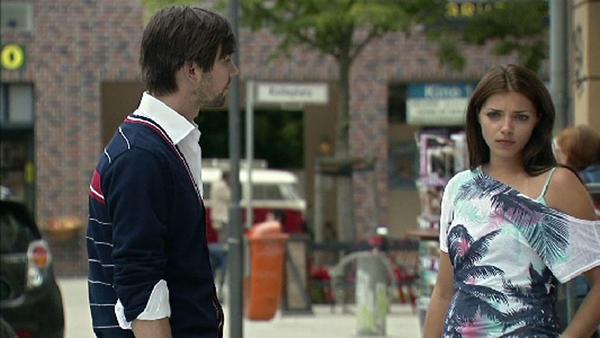 Emily warnt Patrick