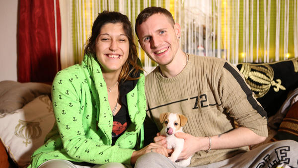 Sascha und Angelique sind arbeitslos und werden Eltern