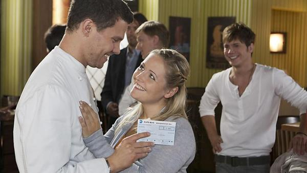 Zweifelt Bine an der Hochzeit?