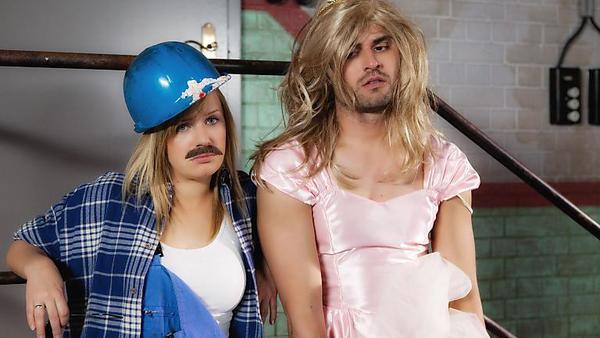 Anna und Paco: 'Hangover'