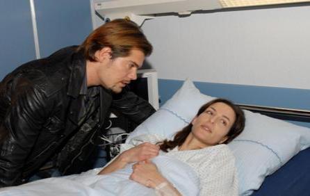 Leon steht Katrin weiterhin bei