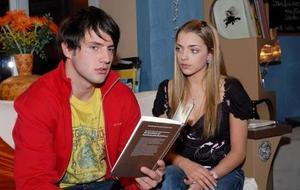 Emily nutzt Sebastian aus