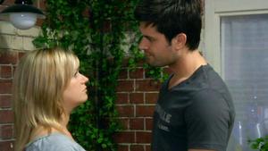 Geht Pacos Fürsorge für Anna zu weit?